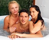 Lesbo and Blowjob in the Hot Tube